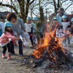 2016年1月14日 清泰保育園でどんど焼きが行われました