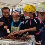 2016年11月18日 大矢田小学校児童がお米の収穫祭を行いました