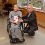 2016年12月26日 100歳到達者へ市長がお祝いを届けました