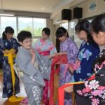 2017年7月5日 昭和中学校で着付けの授業が行われました