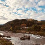 清流長良川、綺麗な空、鮮やかな山。