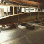 川舟修理中。