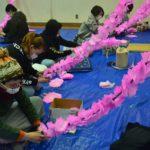 2018年3月4日 女性花みこし「め組」が花巻き作業を行いました