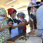 2018年4月26日 松美保育園で恒例のかしわ餅作りが行われました
