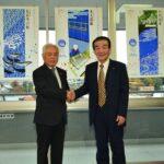 2018年12月4日 旭日小綬章を受章した日比野豊さんが報告に訪れました