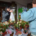 2018年12月26日 武義高校生徒が門松を販売しました